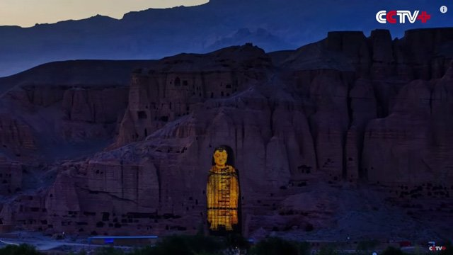 3D projection digital signage restores destroyed Buddhas