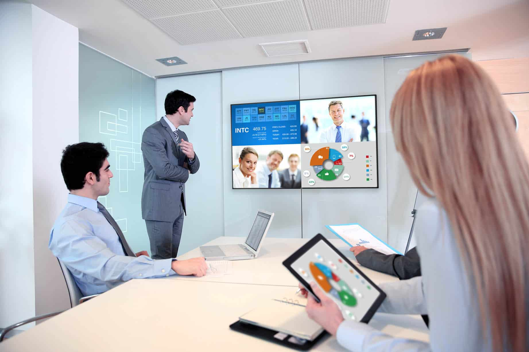 Lifestyle U-line_Meetingroom_HR